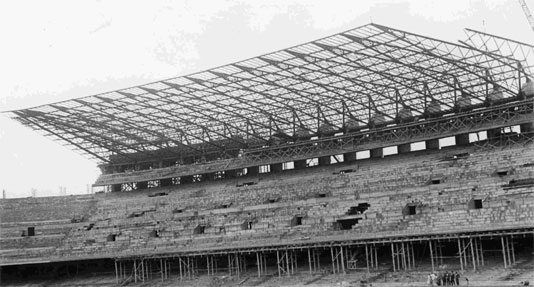 Camp Nou Tribune durant la construction